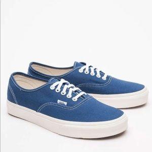 {Vans} Unisex classic Blue